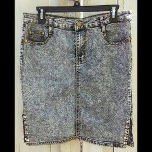 Vintage 90s Acid Wash Stretchy Jean Skirt w/ Slits